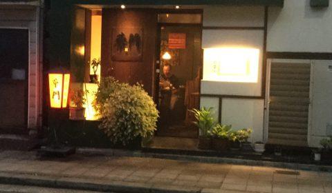 しばらく歩くと、右手に「中国料理 華門」があります。 ダウンタウンの松本さんの同級生がやってる、都島で一番の美味しい中華屋さんです。麻婆豆腐がオススメです。